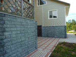 Облицовка бетонных фундаментов и цокольных этажей
