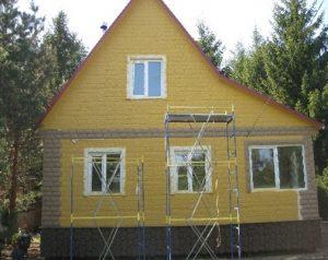 kamennyj-fasad-dlja-derevjannogo-doma-6