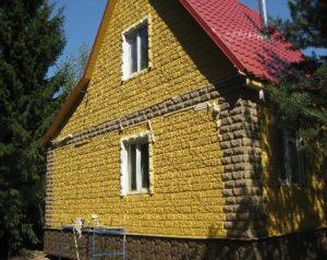 kamennyj-fasad-dlja-derevjannogo-doma-8